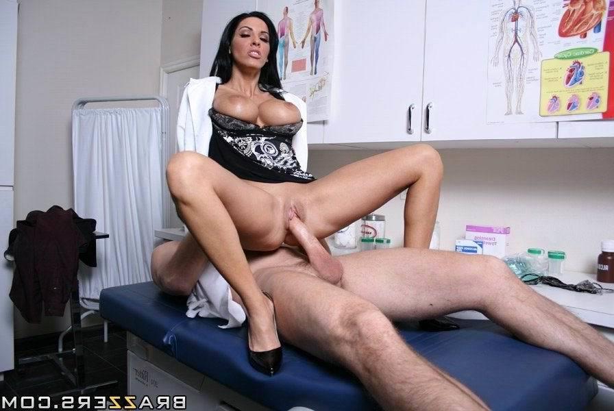 врачихами с все порнофото