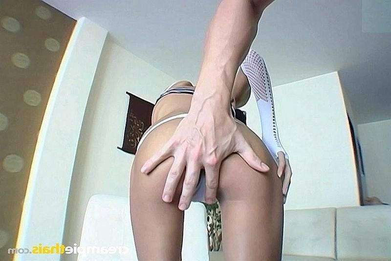 Хорошенькая секретарша в очках порно фото бесплатно