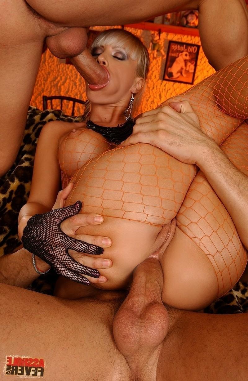 Порно анал сетка двойное