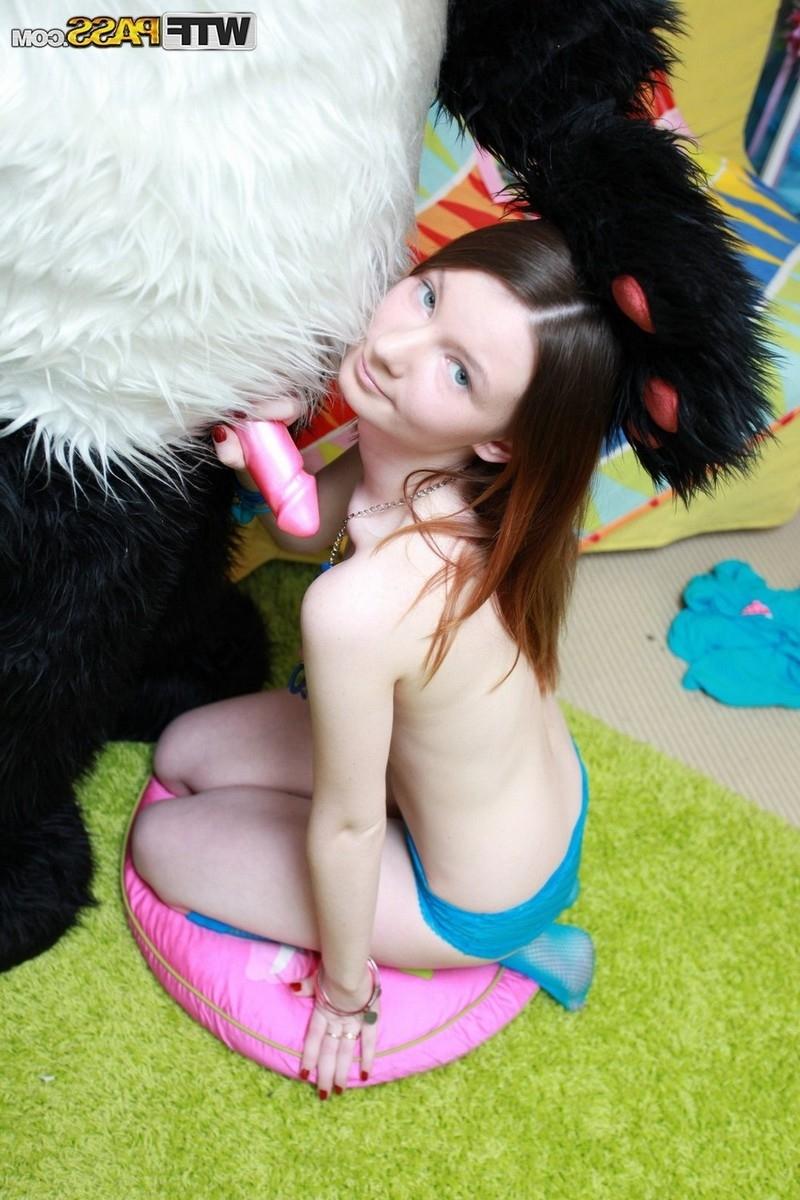 Секс с плюшевой инрушкой