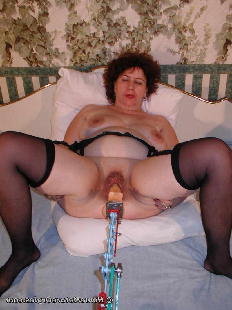 Секс игрушки одинокой дамочки порно фото бесплатно
