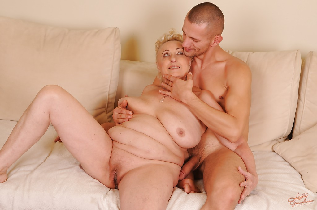 Порно пожилые дамы тоже хотят секса